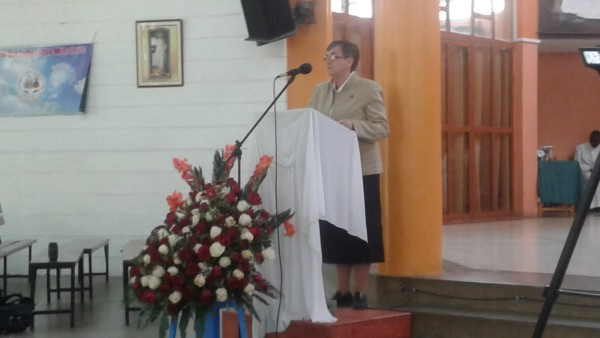 Sr. Josehine Greeting Congregation