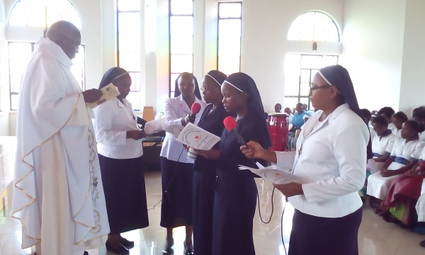 The first profession of Lilian and Sylvia in Kenya